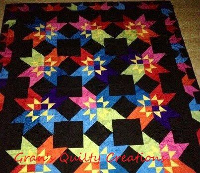 Gorgeous amish star quilt