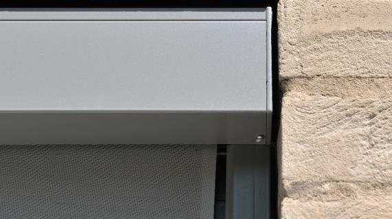 Brustor b 1085 std zonwering screens verduisterende rolgordijnen