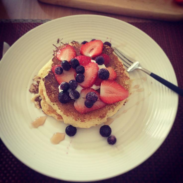 Very berries pancakes