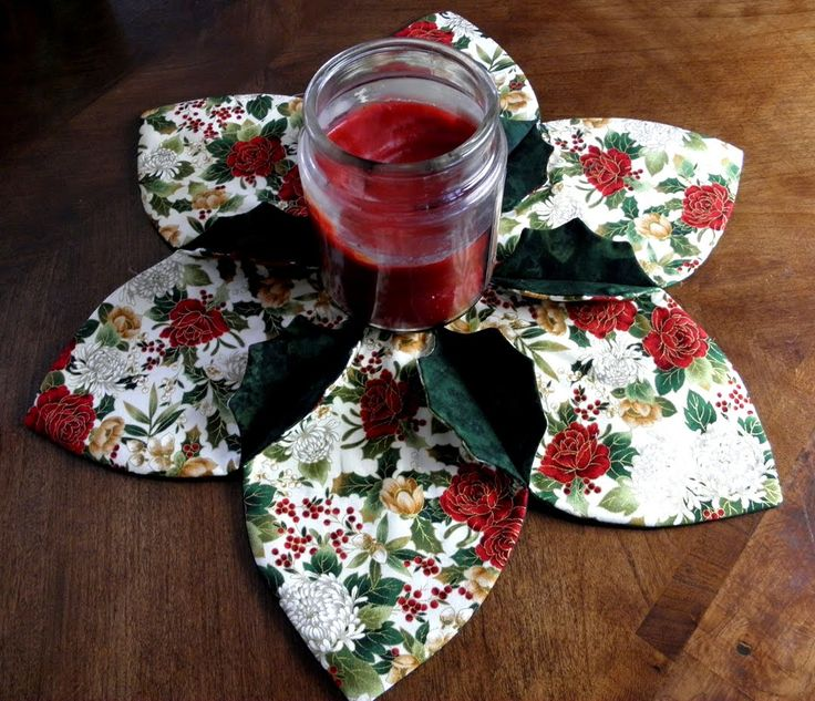 Christmas Holly Centerpiece - Pattern can be purchased for $2.00 Nice idea for Gifts