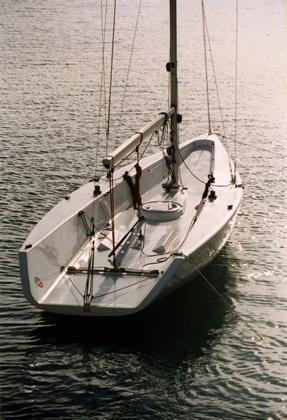 Tom 28 Max - fast, fun, no deck