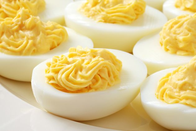 Try these 5 Egg-cellent Recipes: Deviled Eggs with Black Bean Dip, Blueberry Oatmeal Egg White Pancake, Egg Salad Sandwich with Tomato and Pesto, Egg White & Avocado Scramble with Rye, and Breakfast Burrito. #UWeightLoss