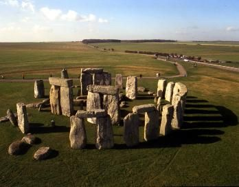 2. Stonehenge, Wiltshire, 5000 BC (Eathworks) 2,600 BC Welsh 'Blue Stones' 2,400 BC 'Sarsen Stone Trilothons. Abandoned 1800 BC. -------    Stones transported from Whales. 5,000 years younger then stones of Tobekli Tepe.  - function is a mystery  - definitely had a roof.