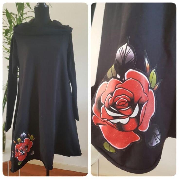 Najaarscollectie: Zwarte tuniek met roos