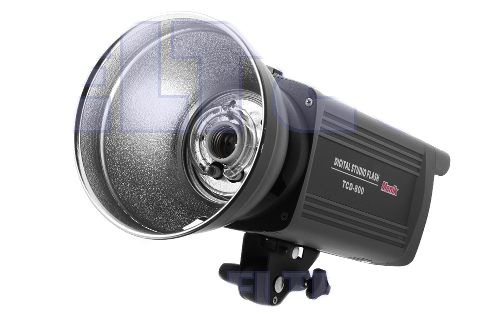 Professional TCD-800 flashbulb Pro 800 Ws Price 243$ http://www.fotograficzneakcesoria.pl/profesjonalna-lampa-blyskowa-tcd-800-pro-800ws,id99.html
