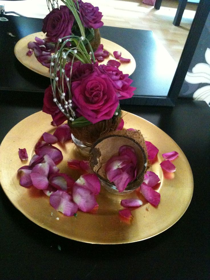 Coconut centerpiece | Decor ideas | Pinterest | Coconut ...
