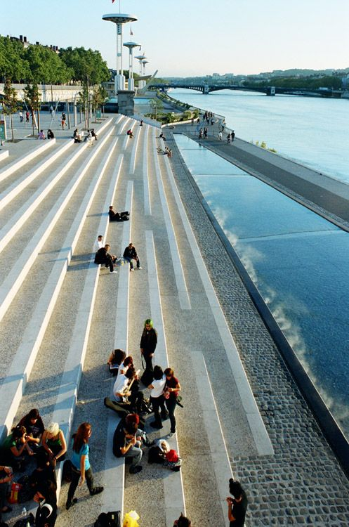 Become an Ambassador of #buildyful.com to represent your #Architecture School in the world! See more details here: buff.ly/1xRomMd ~~06 Insitu Berges du Rhone « Landscape Architecture Works | Landezine