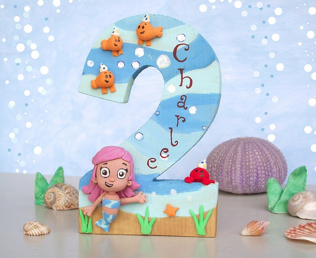 Bubble Guppies cake topper - what if I made a paper version for centerpieces? I think I can I think I can