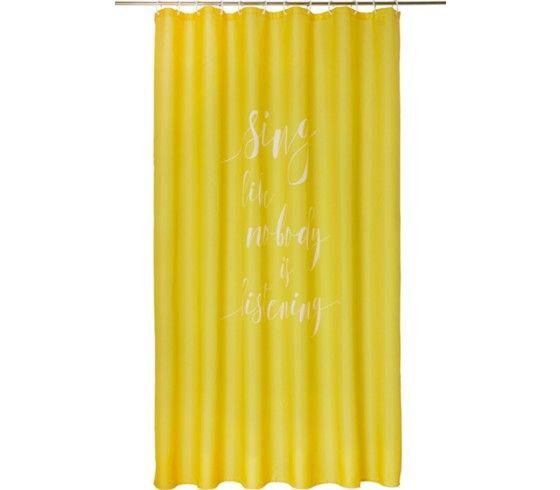 Dieser tolle Duschvorhang in sonnigem Gelb ist ein witziger Hingucker und eine optimale Ergänzung für Ihr trendiges Badezimmer. Der ca. 180 x 200 cm (B x L) große Duschvorhang aus 100 % Polyestermit Schriftzug ist halbtransparent und wasserundurchlässig. Er kann bei Bedarf bis 30° C in der Maschine gewaschen werden. Passende Ringe sind separat erhältlich.