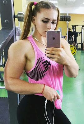 "Meet the glamorous powerlifter who can bench press incredible weights (Photos)   This stunning self-titled ""Muscle Barbie"" Instagram fitness star Julia Vins has 325000 followers thanks to her 'doll-like' facial features and an extraordinary muscle-popping body.  At just 20-years-old Julia has broken records at the World Powerlifting Congress squatting 215kg bench pressing 120kg and dead-lifting 190kg all with a bow in her hair.  The pro-powerlifter said it has been far from easy to reject…"