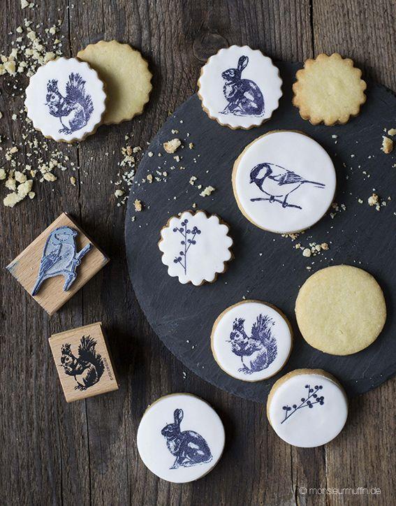 die besten 25 osterkekse ideen auf pinterest ostern nachspeisen verzierte kekse und osterideen. Black Bedroom Furniture Sets. Home Design Ideas