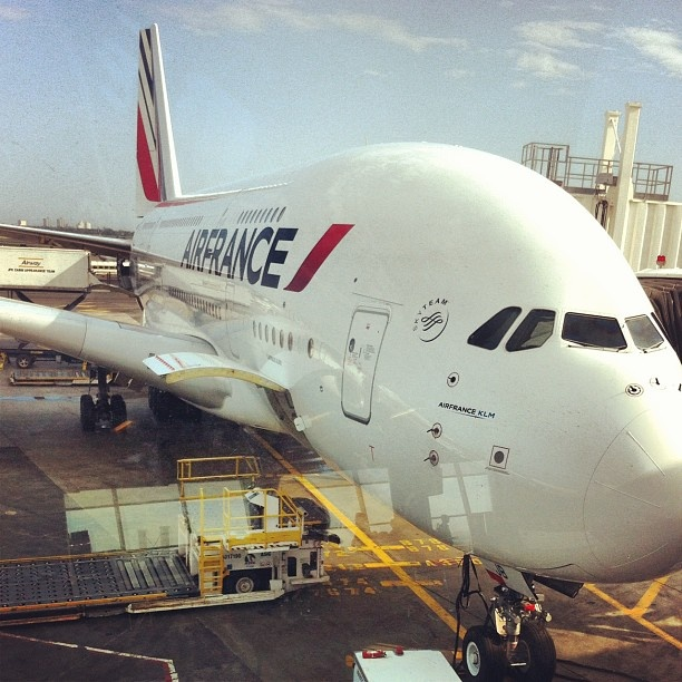 25 best airbus a380 ideas on pinterest planes for A380 air france interieur