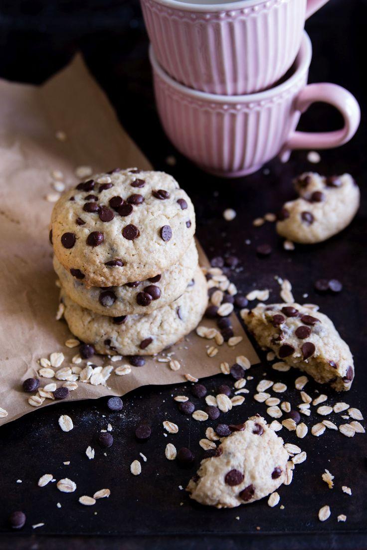Oatmeal Coconut Chocolate Cookies