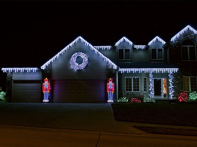 Cute Ideau2014Outdoor Christmas House Lights With Lit Toy Soldiers Flanking The  Garage Door.