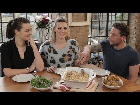▶ HOW TO: Vegetarian Roast Dinner with Pixiwoo! - YouTube