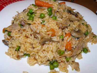 Vegyes saláta: Zöldséges rizseshús