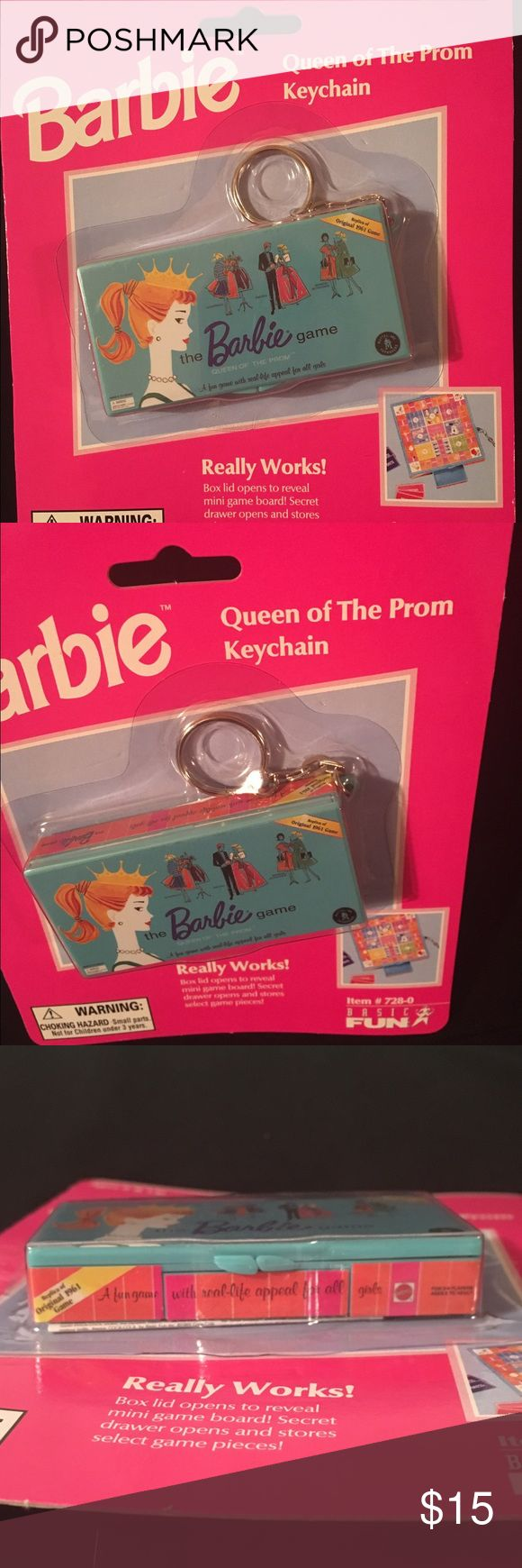 Barbie Queen of The Prom Keychain NIB Vintage 1999. REALLY WORKS❣Box lid opens to reveal mini game board 😊 Secret drawer opens and stores select game pieces. 🌺 COLLECT ALL THREE 🌺 Barbie Accessories Key & Card Holders