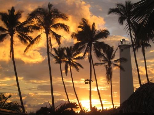 Sunset @ a Hawaiian Luau #JetsetterCurator