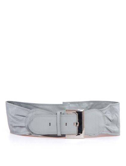 Ζώνη Πάολα - Απλό μοντέλο ζώνης που μπορεί να συνδυαστεί με τζιν φορέματα, και τουνίκ. Έχει μια μεταλλική αγκράφα. 3.99 €