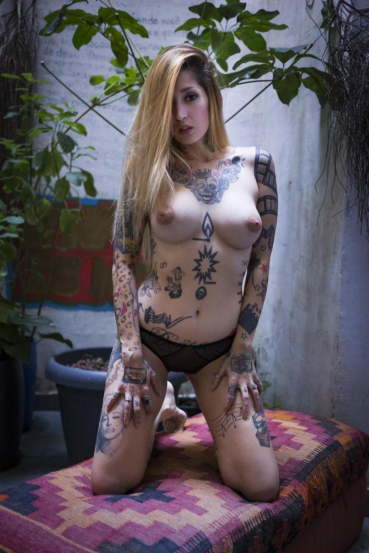 rose byrne sex scenes nude