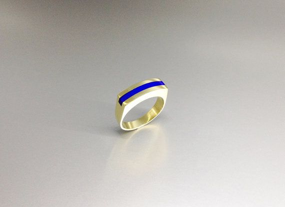 Modern straight line ring with Lapis Lazuli and 18K gold by lapislazulisamos. Explore more products on http://lapislazulisamos.etsy.com