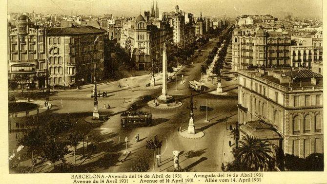 """Barcelona canvia el nom de la plaça Joan Carles I pel popular """"Cinc d'Oros"""""""