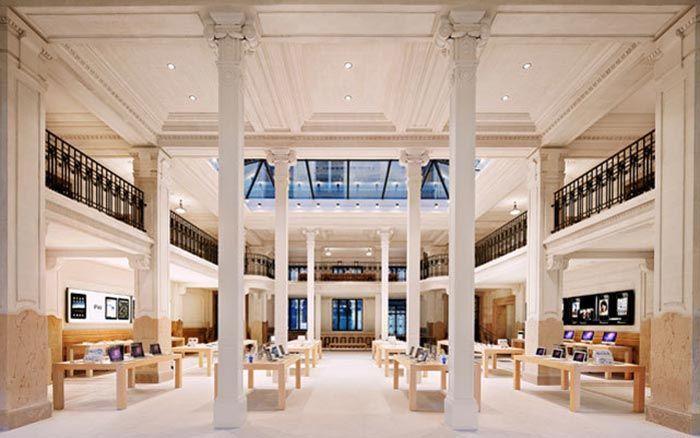 Apple Opera Store in Paris France