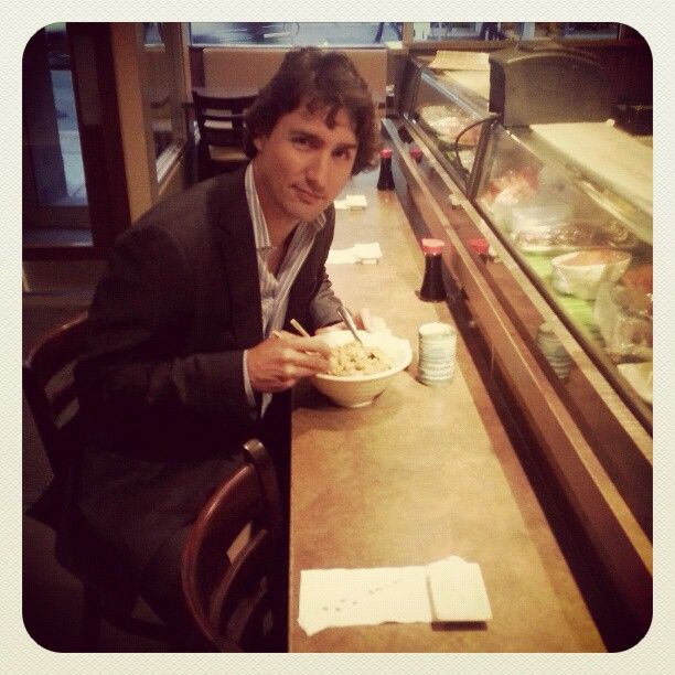 Sushi stop on the way to John Tory show (Newstalk 1010) #justintrudeau