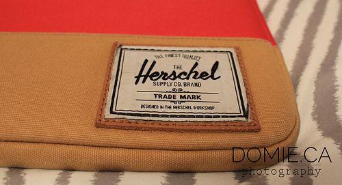 Review: Herschel Supply Co. Sleeve