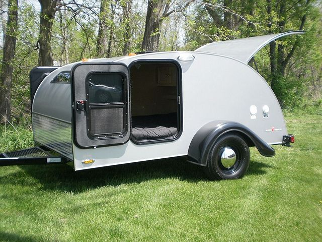 The Silver Shadow family is inspired by the classic teardrop trailer   complete with a silver exterior and birch interior. 245 best Retro Travel Trailers images on Pinterest   Vintage