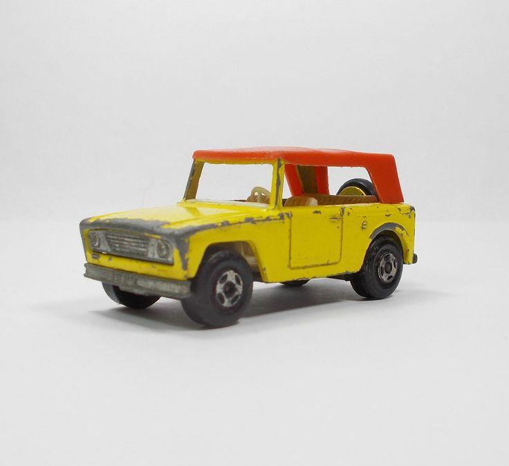Matchbox Series No. 18 SuperFast  Field Car Die-cast Model Toy Car 1969