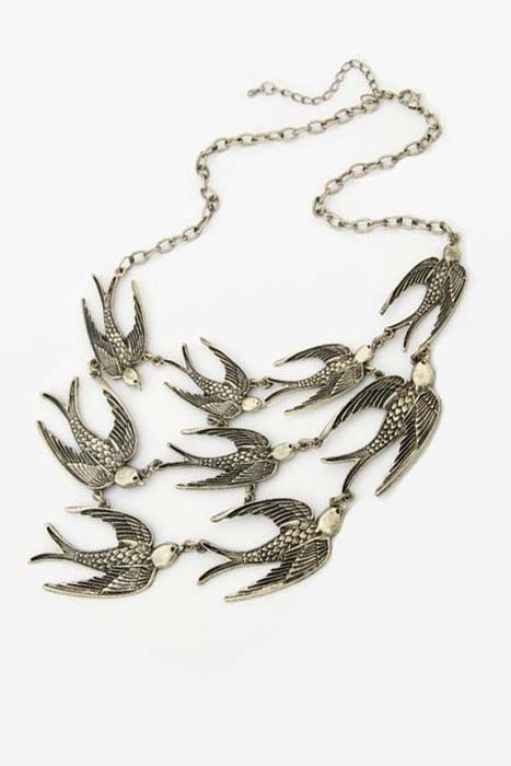 Short necklace temperament of restoring ancient ways is the swallow