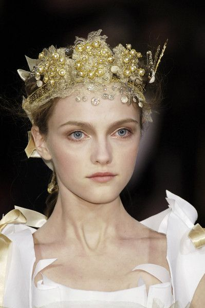 Christian Lacroix #gold #crown
