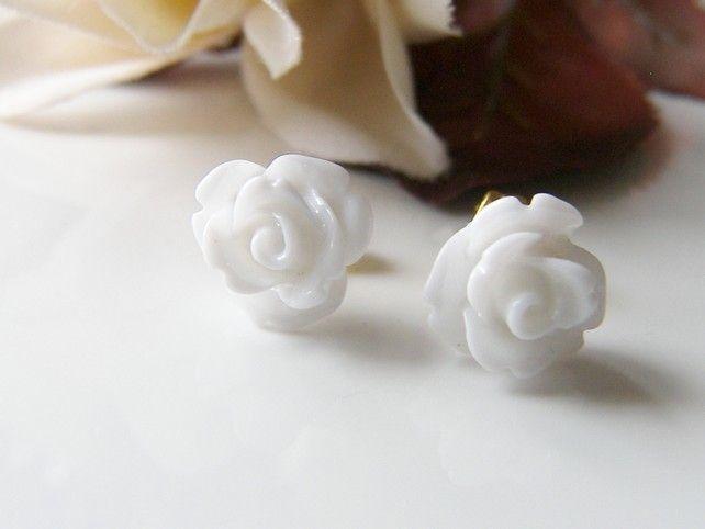 Dainty White Rose Earrings - SNOW WHITE £5.00