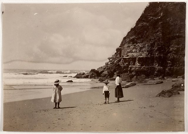 Hargrave family, Probably Hilda, Margaret and Geoffrey, Stanwell Park beach, unknown photographer. Find more detailed information about this photograph: http://acms.sl.nsw.gov.au/item/itemDetailPaged.aspx?itemID=456685. From the collection of the State Library of New South Wales www.sl.nsw.gov.au