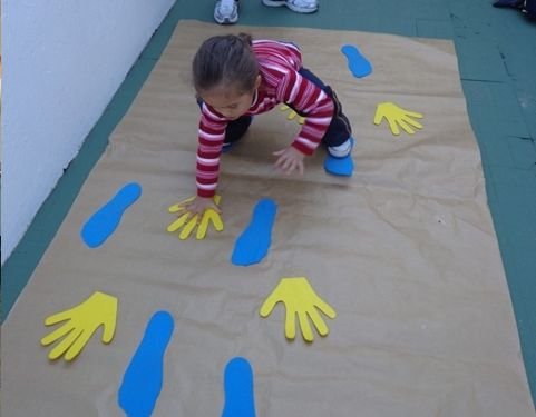 Hand and foot maze to follow to encourage coordination