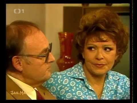 Začalo to karafiátem  Komedie Československo 1981