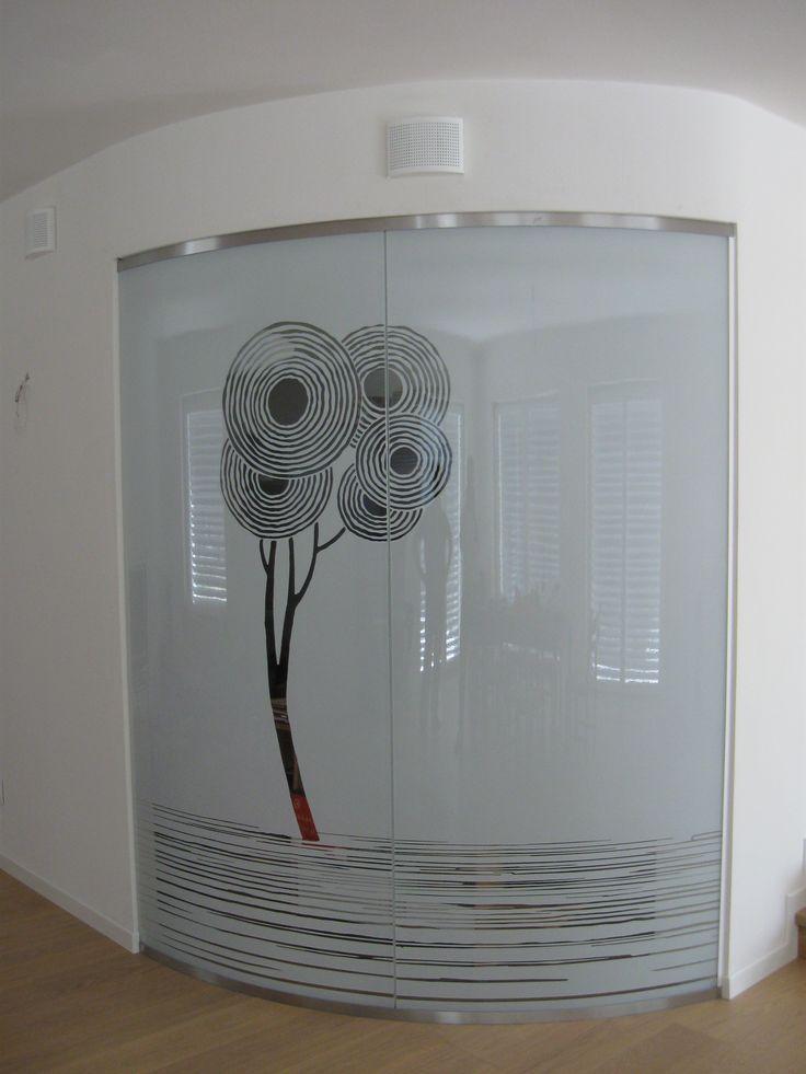 Casali porte in vetro Curve, Modello Enailos White, Casa privata a Portogruaro VE @casaliAV  #slidingdoor #glassdoor #interiordesign info@sandrocontri.it