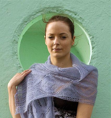 Seascape lace shawl - Summer 2008 - Knitty