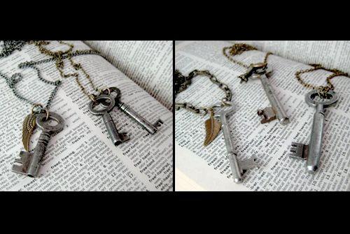 Cinder & Sage assorted vintage skeleton keys