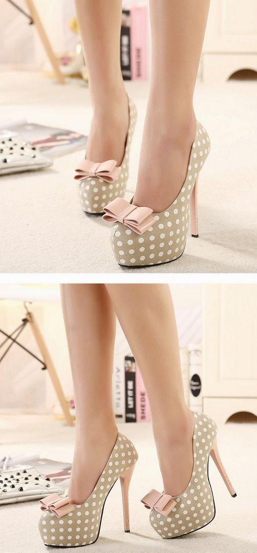 awee they're so pretty!!!! i would snuggle with these shoes!! Sweet bowknot rhinestone platform high-heeled shoe