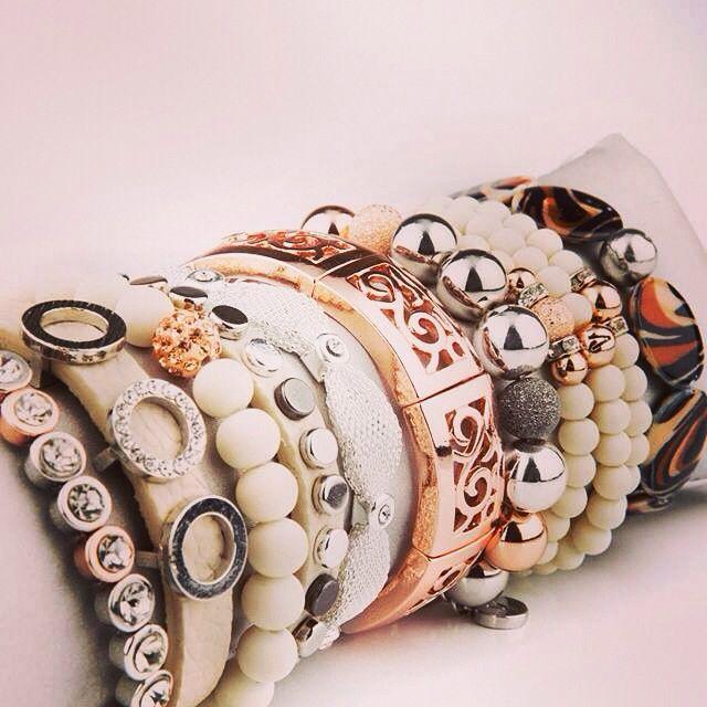 30% rabatt på alla smycken från Våga och Pearls For Girls. Erbjudandet gäller t.o.m. 15 november. Använd rabattkod BLING!