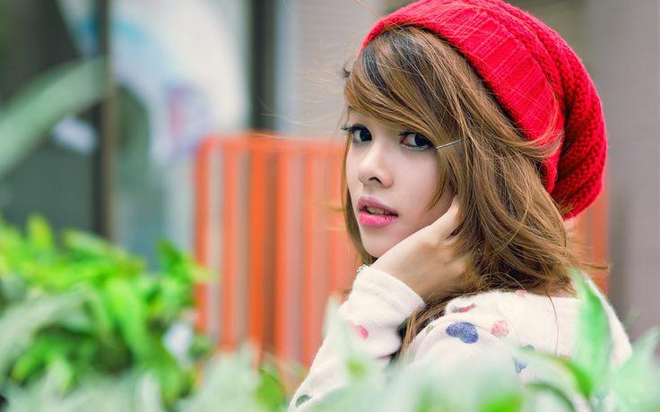 Red Hat Cute Girl Dekstop Wallpaper