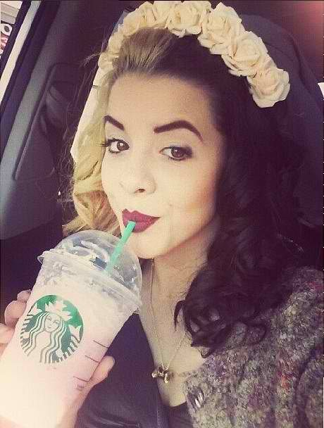(FC Melanie Martinez ) Hey I'm Melanie! I love to dye and style my hair every which way. Starbucks gives me life. I sing. I was on the voice.