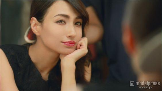 佐田真由美さんのような外国人風メイクをしたい!才色兼備の憧れ肌に ... ルージュにセクシーに、ディナーの時などにおすすめメイク