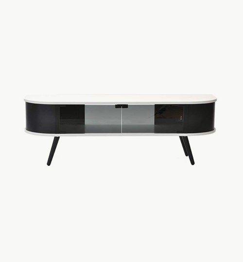 Hugo medaiabänk har fått sina former från 60-talet och har därför fått en nostalgisk känsla. Mediabänken har fått rundade hörn som utmärker mycket 60-tal. När mediabänken byggts har man velat att konsumenten ska kunna ta del av hela förvaringsutrymmet. Därför är förvaringsutrymmet helt öppet.  #azdesign #designstudio #hugo #svart