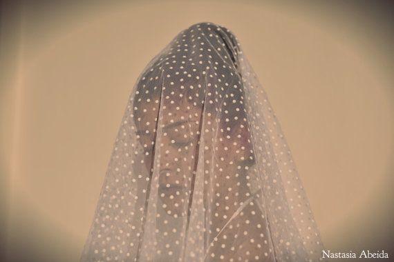1 Yard Wedding  Ivory/ White Spotted Tulle by NastasiaAbeida, €14.00  Beautiful Fabric for Wedding Veils!
