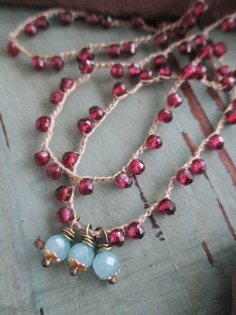 Garnet ultra dainty crochet necklace  BeachBerry  di slashKnots