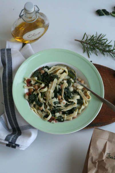 Soep met cavolo nero recept. Lekkere winterse soep met palmkool.