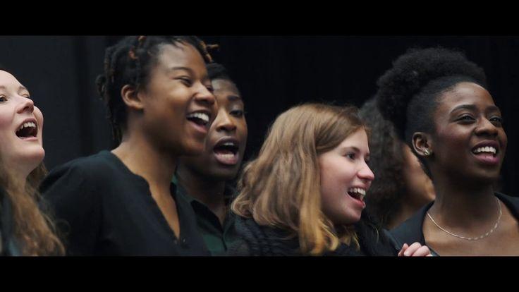 opera stabile berührt  Erinnert ihr euch an unser Auswärtsspiel im Mojo Club letztes Jahr? In diesem Video lassen wir das schöne Projekt noch einmal Revue passieren und freuen uns auf die zweite Auflage mit The Young ClassX die am 28. Mai auf uns wartet! http://ift.tt/2qD27w5  From: Staatsoper Hamburg  #Oper #Musiktheater #Theaterkompass #TV #Video #Vorschau #Trailer #Clips #Trailershow #Schweiz